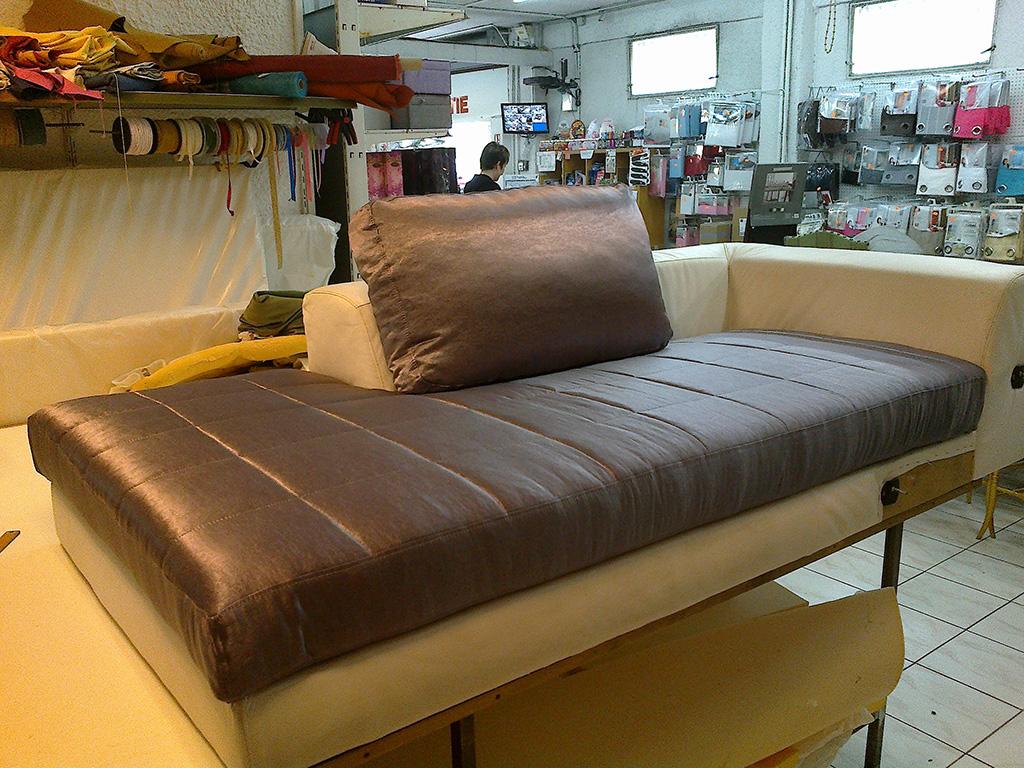 L deco nice 06 tapisserie meubles - Coussin de canape sur mesure ...