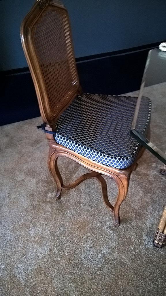 L deco nice 06 chaises et galettes de chaises for Mesure d une chaise
