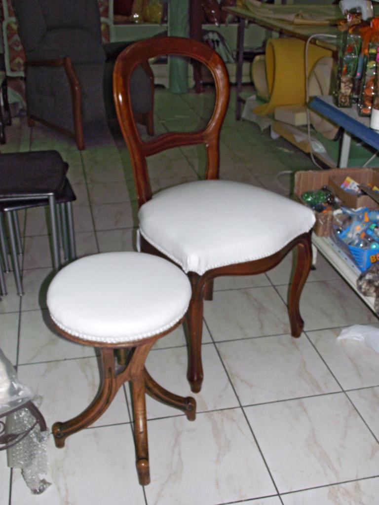 l deco nice 06 chaise et tabouret n 1. Black Bedroom Furniture Sets. Home Design Ideas